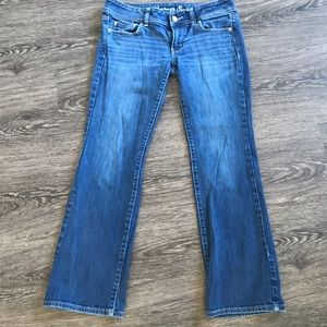 American Eagle slim boot cut jeans size 6